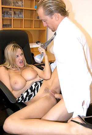 Naked Mature Hardcore Porn Pictures
