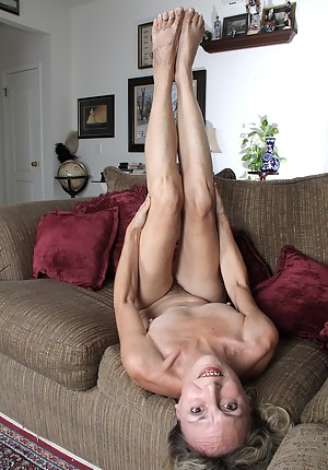 Naked Mature Braces Porn Pictures