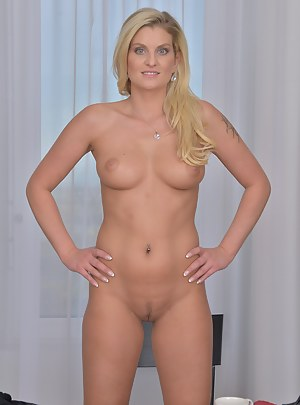 Naked Mature Perfect Body Porn Pictures