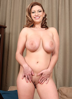 Naked Mature Nipples Porn Pictures