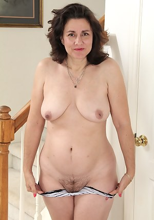 Naked Mature Amateur Porn Pictures